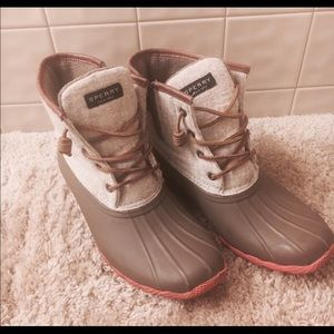 a42fc677b1 ... Sperry saltwater duck boots size 8.5 Woman s Nike ...