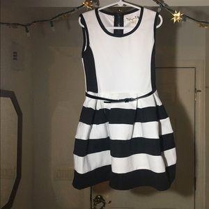 Kids modern color-blocked bubble dress with belt