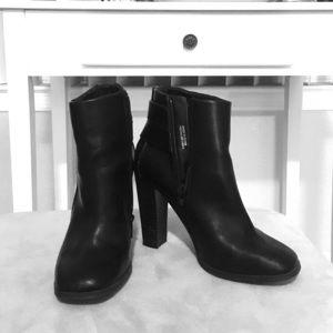 Black booties size 6