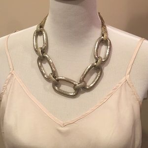 Jewelry - Fun gold oversized chain necklace