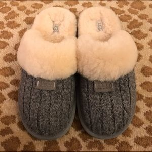 2b1b7171917 Ugg Women's Cozy Knit Cable Slippers