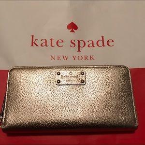 NWT Kate Spade Rosegold Wellesley Neda