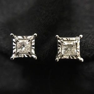 Zales Jewelry - ZALES 1/2 CT princess cut diamond 10k