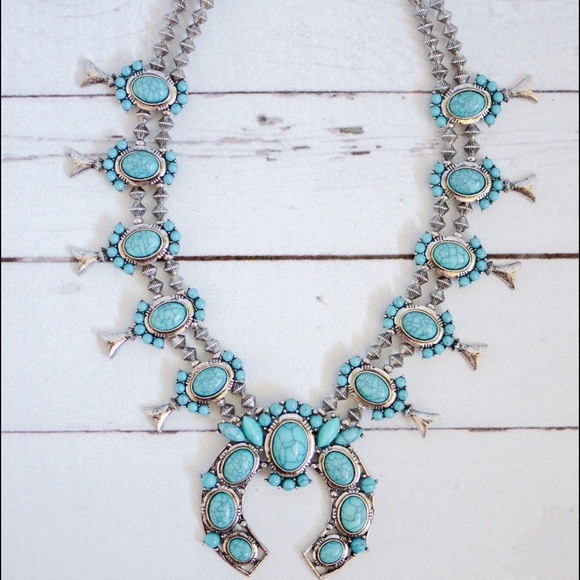 Jewelry - 🎉Flash Sale🎉🌵Squash Blossom Royal Necklace🌵