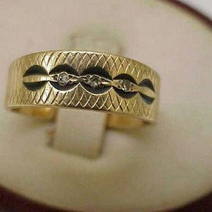 Jewelry - Antique 14k gold 3 diamonds enamel wedding ring