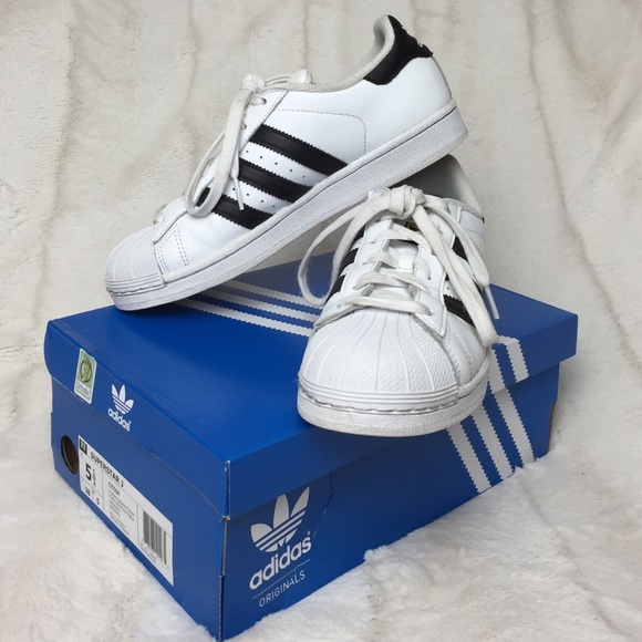 adidas superstar 5.5 white
