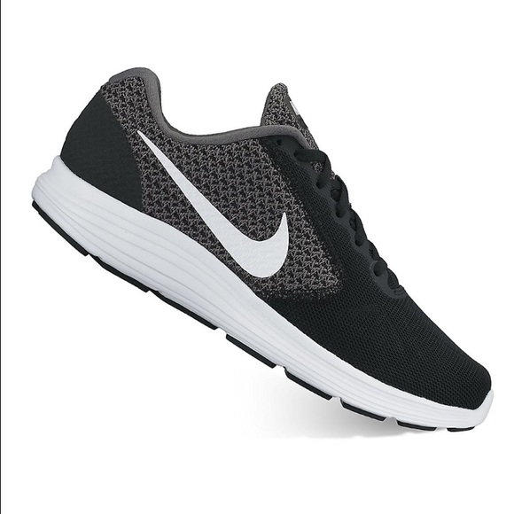 4e1e299a25ad Nike Revolution 3 WIDE width running shoes