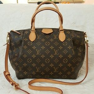 Louis Vuitton Handbags - Louis Vuitton Turenne MM