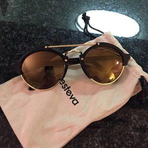 Illesteva Accessories - Illesteva glasses gold lense