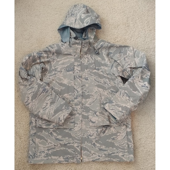 new arrivals b0ace a21cc Air Force GORE-TEX Jacket Size Small Short
