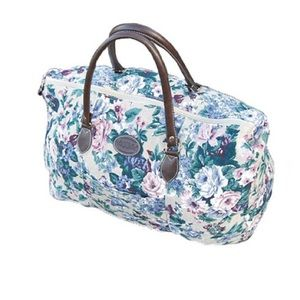 ✨HOST PICK✨ VINTAGE - Floral Tapestry Duffle