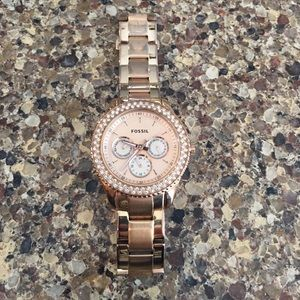 Rose gold fossil watch!!