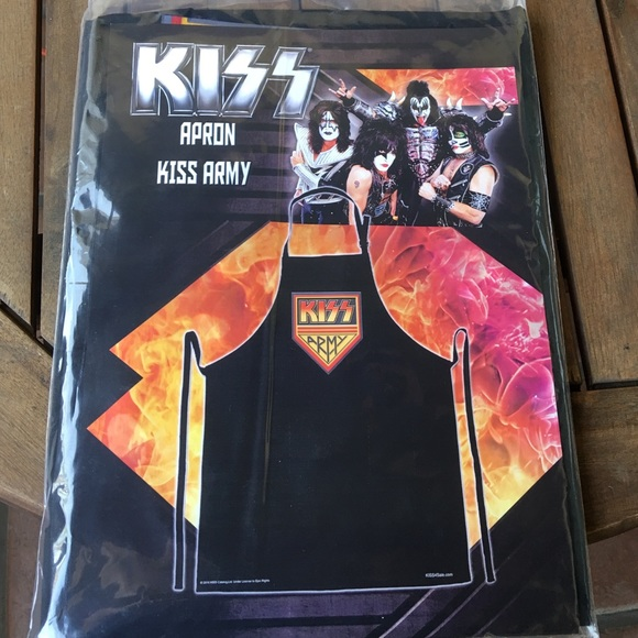 KISS4Sale Other - KISS Army Apron