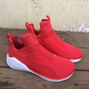 Puma Feroces Zapatos Rojos De Las Mujeres w9nsxfT