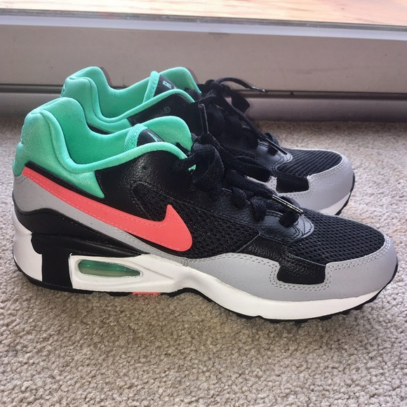 Nike Chaussures Internationales Air Max