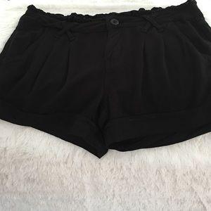 BeBop Pants - Woman's black shorts.