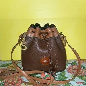 Dooney & Bourke Handbags - DOONEY BOURKE HOST PICK* VINTAGE DRAWSTRING TETON