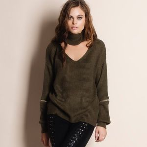 Bare Anthology Sweaters - Choker Sweater Top With Zipper Detail