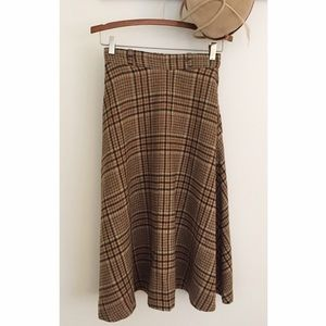 ⛄️Vintage 1970's Brown Plaid Skirt