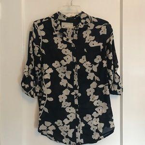 Trovata Tops - Floral print button down blouse