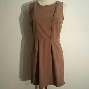 Forever 21 Dresses & Skirts - EUC Forever 21 Taupe Dress
