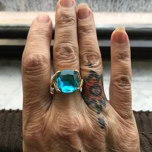 Jewelry - Beautiful Blue BLING!!!