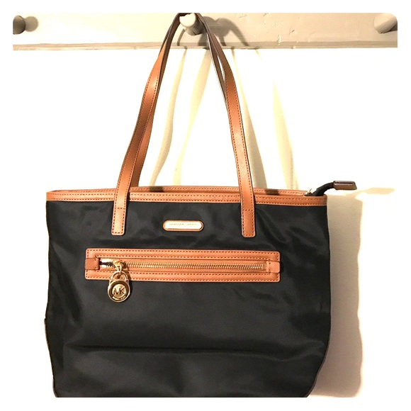 e26e323151be0e EUC Michael Kors Kempton black nylon leather tote.  M_58506afe2fd0b749ee08d9e8