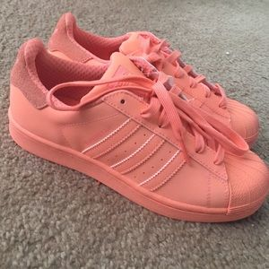 Adidas Shoes - New Adidas Superstar size 5 men, or 6.5 women