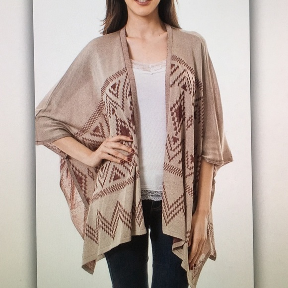 🍍Tan beige🍍tribal poncho cardigan