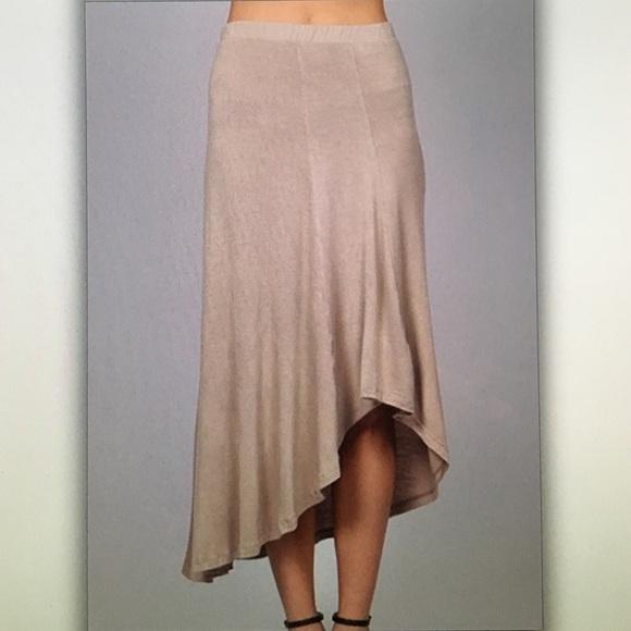Dresses & Skirts - 🔑Tan asymmetrical🔑 flair skirt