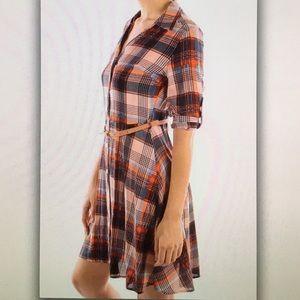 Dresses - 5 ⭐️ rating!🌽Orange and blue🌽plaid dress