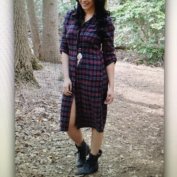 Dresses & Skirts - 👢Burgundy/charcoal👢 plaid button dress
