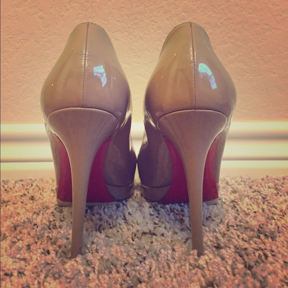 christian louboutin shoes size 9