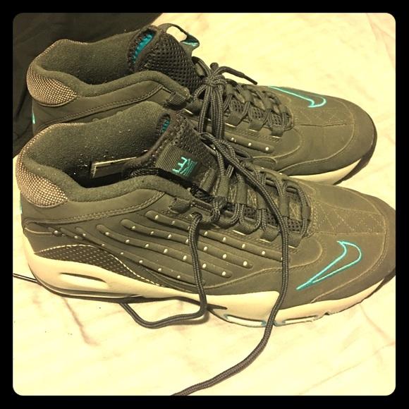 740c5ff30e93e4 Rare Nike Ken Griffey shoes size 10.5. M 585082f9f739bc1a23092670