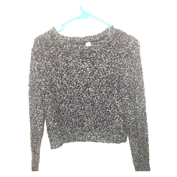 33% off H&M Sweaters - H&M Grey And Black Cropped Sweater from ...