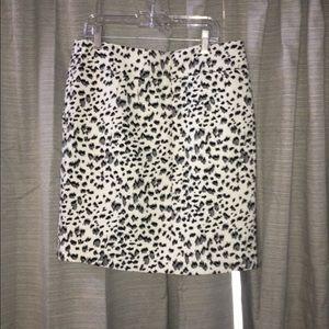 Loft mini skirt Xs NWOT