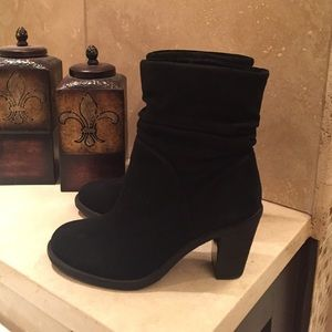 Vince Camuto Booties 7