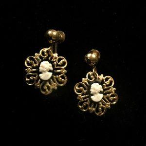 Vintage gold filigree cameo earrings