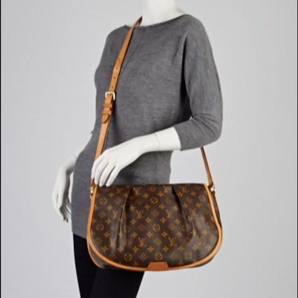 63ef088bee1b Louis Vuitton Handbags - 100% Authentic Louis Vuitton Menilmontant MM