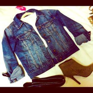 Classic Vintage Jean Jacket