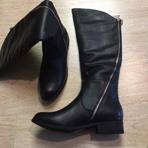 Shoes - High knee ladies boot in BLACK
