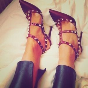 Valentino Shoes - VALENTINO matte Rockstud' T-Strap Pump