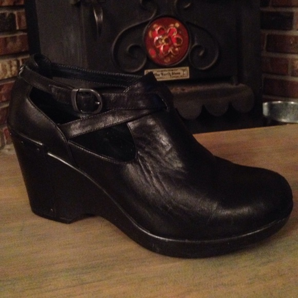 ec053331d3 Dansko Shoes | Womens Black Franka Wedge Size Eu 39 | Poshmark