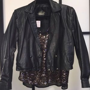 Super cute vintage leather jacket! Size S 4-6