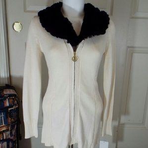 Liz Lange Sweaters - Sweater by Liz Lange