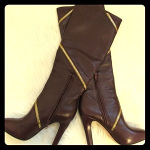 DVF GORGEOUS burgundy leather boots NOT Chanel