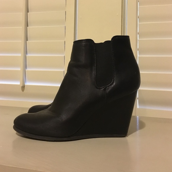 55 merona shoes merona black wedge heeled ankle