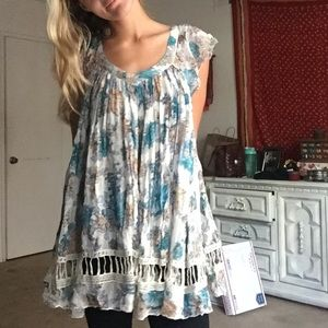 Adorable Free People XS Tunic