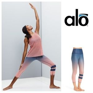 ALO Yoga Pants - NEW!  ALO Yoga high-waisted airbrushed ombré crops