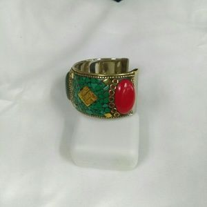 Deja Vous Jewelry - NEW Handmade Coral/Turquoise Cuff